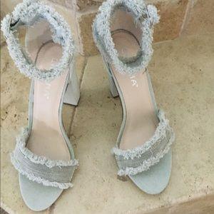 Liliana size 8 shoes